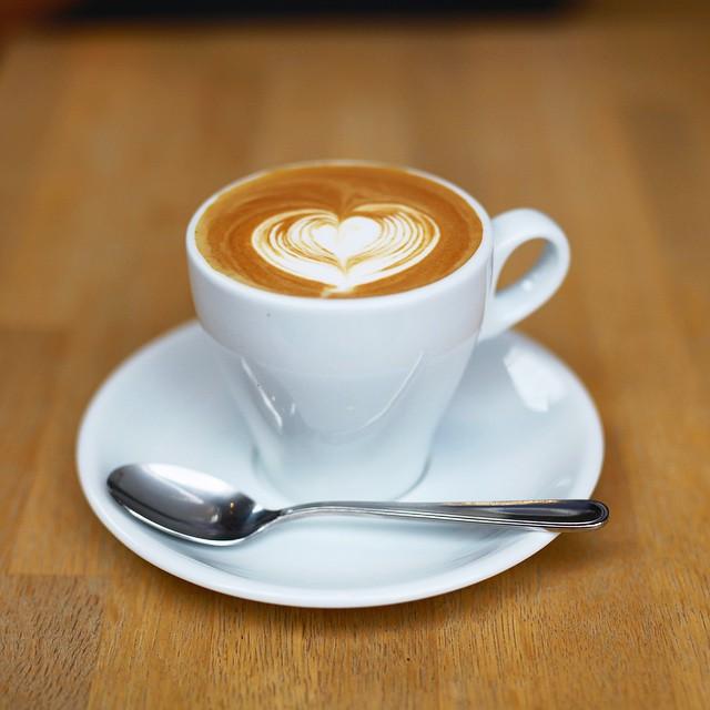 ホッと一息つくときに、おすすめのコーヒーカップはありますか?のサムネイル画像