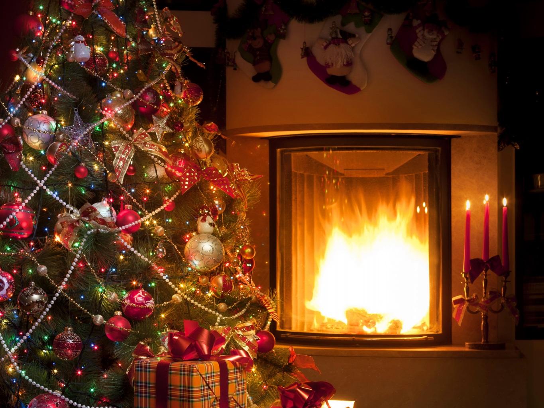 X'masムード満点!素敵な「クリスマスツリー」をインテリアに!のサムネイル画像
