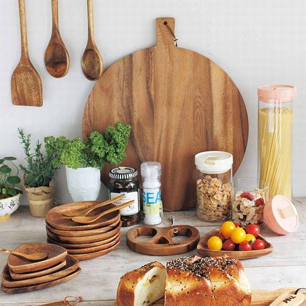 ぬくもりある木製雑貨で、おしゃれなカントリーテイストを楽しもうのサムネイル画像