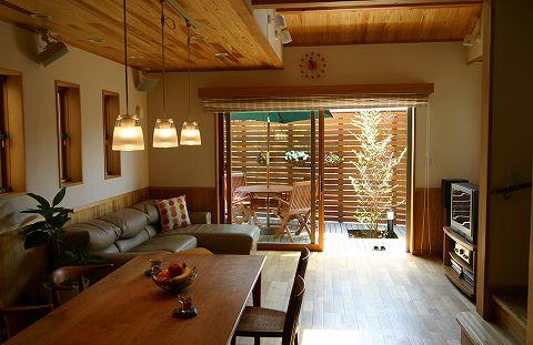 目指せ、和モダンなリビング!お洒落なコーディネート例とお勧め家具のサムネイル画像