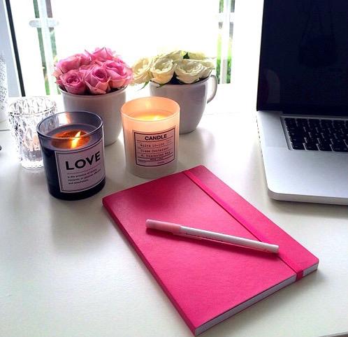 可愛いノートに夢を描く。シンデレラノートで願いを叶えましょうのサムネイル画像