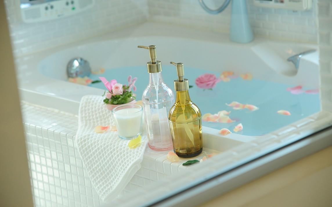 いつでも清潔なお風呂の為の、お風呂のカビ取り方法と、カビ予防のサムネイル画像