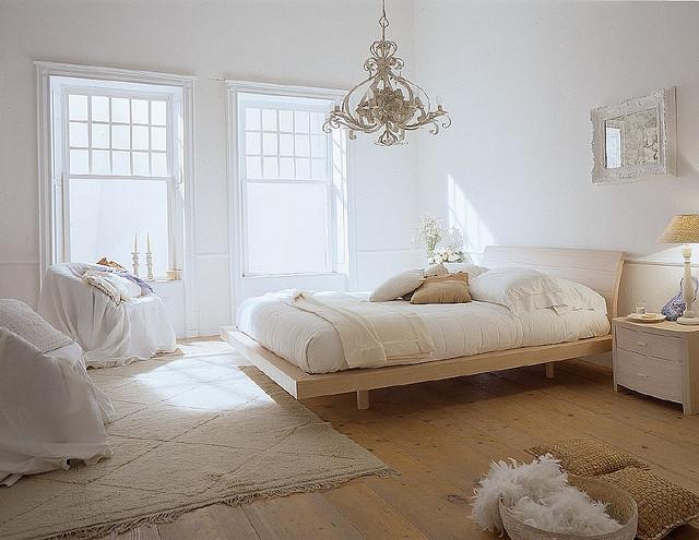 運気UP!風水を取り入れたベットで心地良い睡眠を取りましょうのサムネイル画像