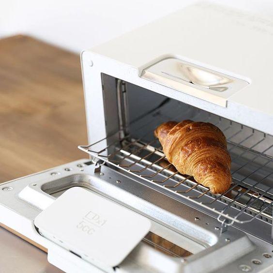 究極のオーブントースター!おしゃれなバルミューダのトースターのサムネイル画像