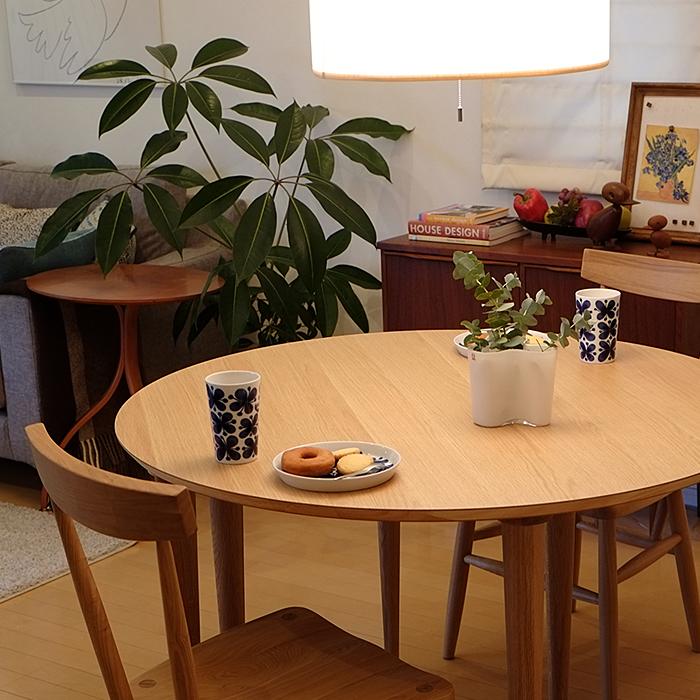 新婚さんや同棲カップル必見!お洒落なダイニングテーブル3点セットのサムネイル画像