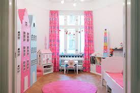 かわいいだけじゃない!スッキリ片付く子供部屋のレイアウト特集のサムネイル画像