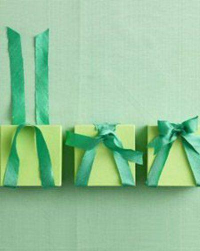 包装紙でプレゼントを包もう!包み方をマスターして、自分らしく♡のサムネイル画像