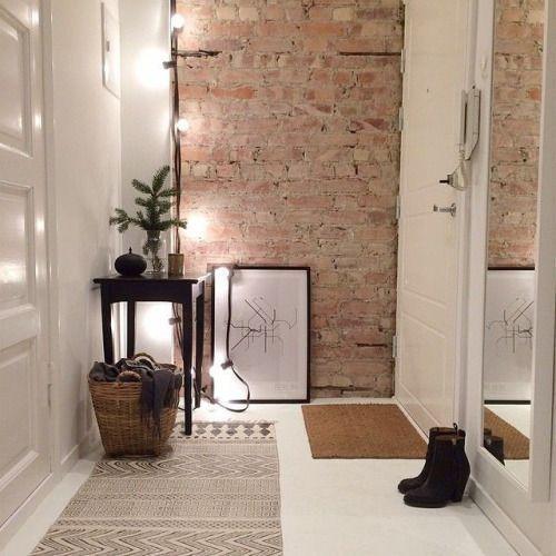狭くても賃貸でも大丈夫!簡単な玄関収納アイデアをまとめました!のサムネイル画像