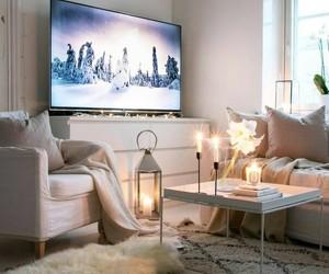 ごちゃつくテレビのコードをおしゃれにスッキリ隠しちゃおう!のサムネイル画像