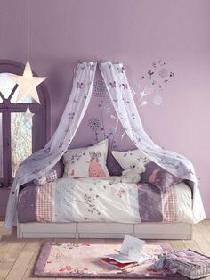 【快適♡快眠♡】おしゃれ&かわいいベッドルームで疲れを癒そう♡のサムネイル画像