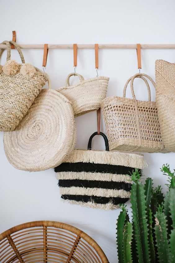 お洒落な鞄の収納の仕方。かわいいラック、魅せる方法・魅せる技♥のサムネイル画像