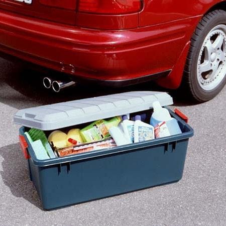 ゴチャゴチャ小物とさよなら!驚きの収納アイディアで車内を快適に!のサムネイル画像