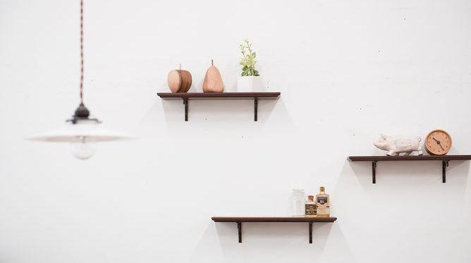 【壁】収納する場所に困ったら壁ラック使ってみる?【ラック】のサムネイル画像