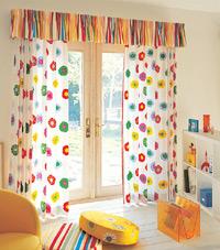 機能性も抜群♪子供部屋にピッタリのカーテンをご紹介します♪のサムネイル画像