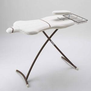 アイロン台がなくても代用品でアイロンが掛けられるコツをご紹介!のサムネイル画像