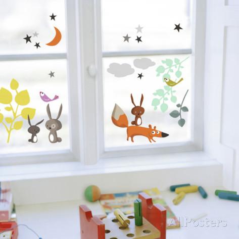 窓をオシャレに飾ろう!窓ガラスに貼るインテリアシールをご紹介!のサムネイル画像