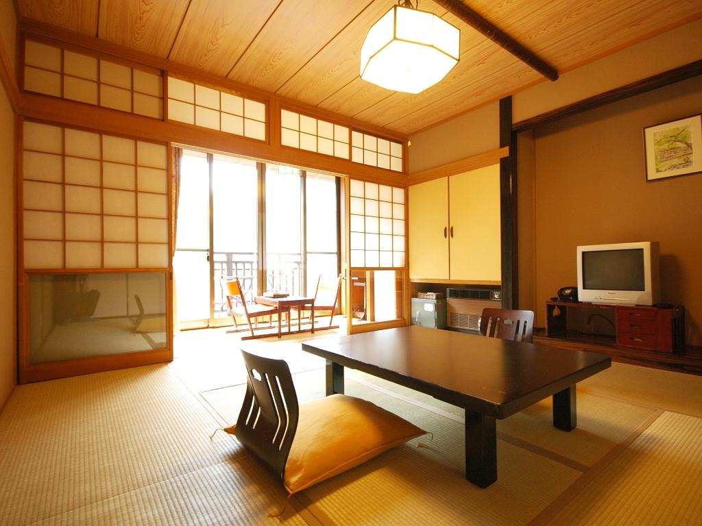 和室にはやっぱり和風の椅子が似合う!和室に似合う椅子まとめ!のサムネイル画像