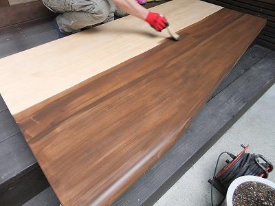 テーブルを塗り替えるのは、素人がDIYしても出来るんでしょうかのサムネイル画像