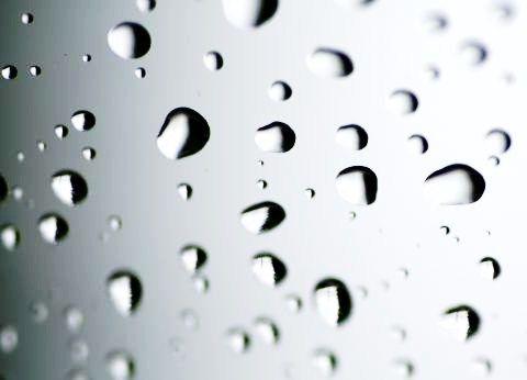 窓の結露防止、どうすればいいの!?意外で手軽な結露防止の方法!のサムネイル画像