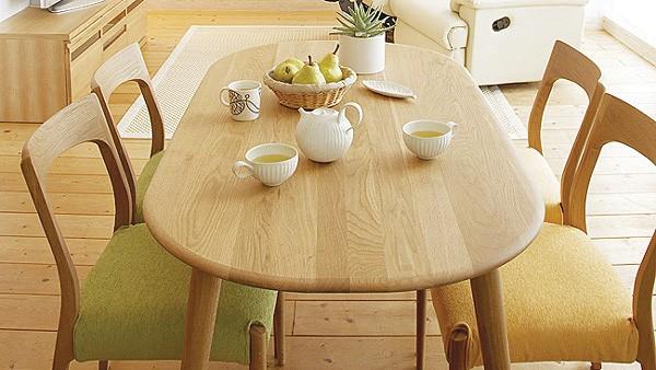 【実は重要】ダイニングテーブルの快適度のポイントは高さにあった!のサムネイル画像