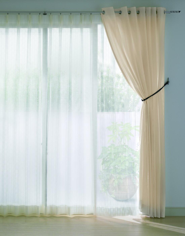 意外と知らない 部屋に合ったカーテンの色 色がもたらす効果のサムネイル画像