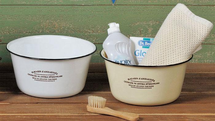 簡単綺麗♪キッチンの洗い桶はホーローがおススメ♪その訳は?のサムネイル画像