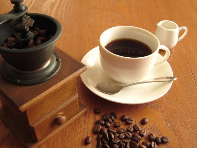 おいしいコーヒーを楽しみたい方へ!家庭用コーヒーメーカーの使い方のサムネイル画像