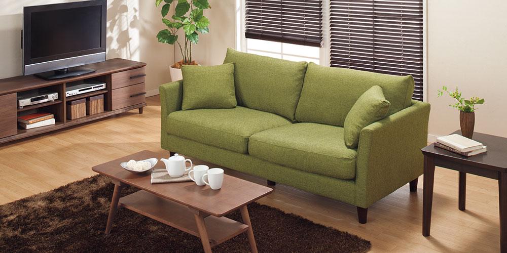 【インテリアコーディネート】グリーンのソファでリビングに彩をのサムネイル画像