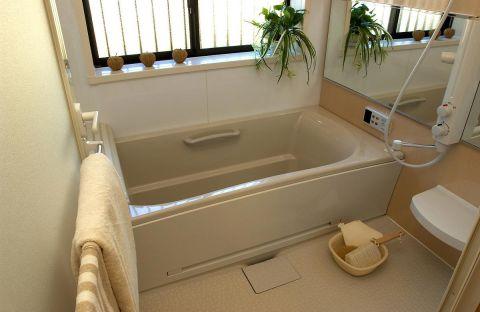お風呂のカビを何とかしたい…お風呂のカビの予防方法を紹介!のサムネイル画像