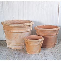 素焼きは、通気性や透過性が良いので、植木鉢に適しています!のサムネイル画像