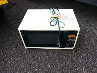 電子レンジの廃棄は有料?電子レンジの廃棄は無料?どちら?のサムネイル画像