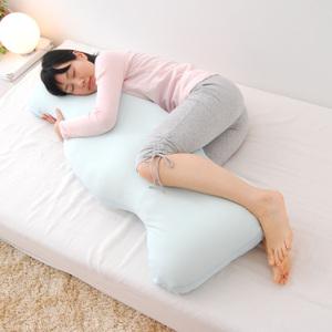 あなたに合う抱き枕がきっと見つかる!画像で探す抱き枕まとめのサムネイル画像