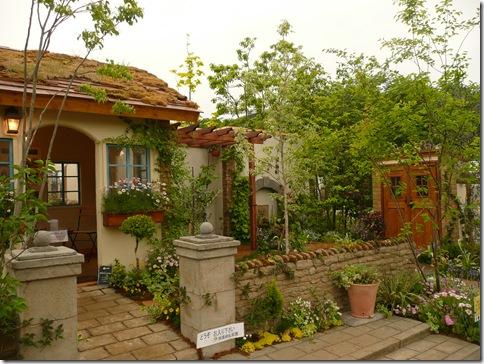 【エキゾチックで新鮮】アラブリゾート風のおしゃれな庭の実例集のサムネイル画像