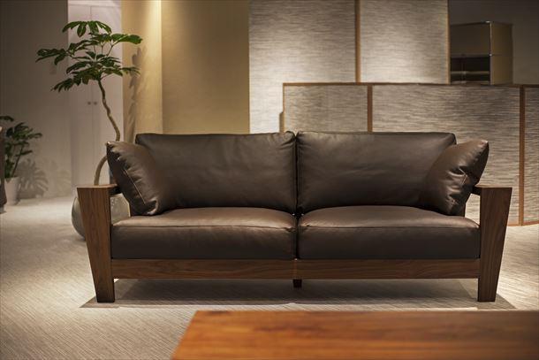 格好良いインテリアならコレ!本革ソファーの魅力をご紹介します♪のサムネイル画像