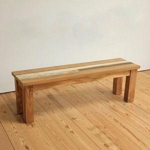 家具としての、ベンチを取り入れたインテリアは、新鮮です!のサムネイル画像