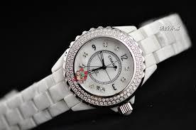 壁掛けも腕時計も、メンズもレデイースも。時計を買うなら断然白!のサムネイル画像