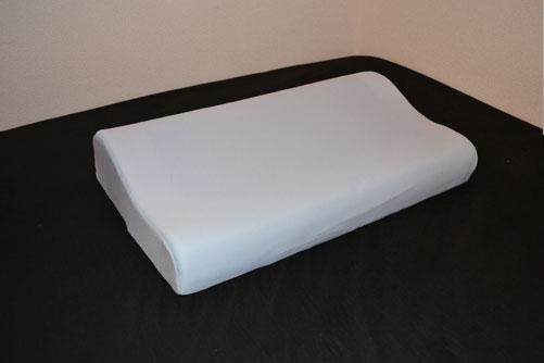 コスパがよく、種類が豊富なニトリの枕。おすすめ商品ご紹介!のサムネイル画像