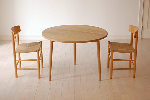 キッチンに置きたい!おしゃれなダイニングテーブルを紹介します☆のサムネイル画像