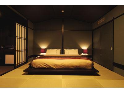 和室にベッドを置いてステキな寝室にコーディネートする方法は?のサムネイル画像
