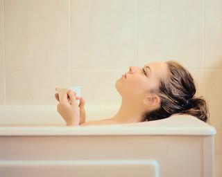 あなたは何度のお風呂に入っている?☆お風呂と温度の不思議な関係のサムネイル画像