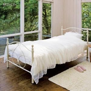 インテリアにもなるベッドで、自分だけの癒しの部屋を作ろう♪のサムネイル画像