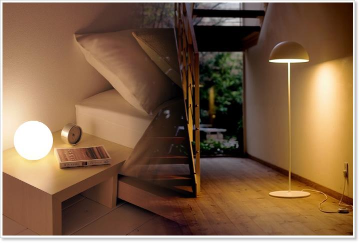 【スタンドライトで素敵なオシャレ空間を♪ 間接照明を使った部屋】のサムネイル画像