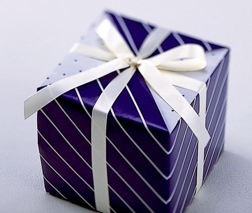 実は意外とあるんです。贈り物の包装や自分で出来る包装の方法☆のサムネイル画像