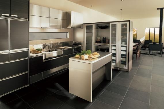 憧れのシステムキッチン、おすすめのメーカーや機能などをご紹介のサムネイル画像