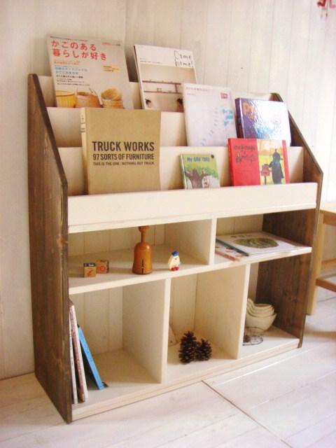 本棚上手に活用してる?diyでもっともっと便利でステキな本棚にのサムネイル画像