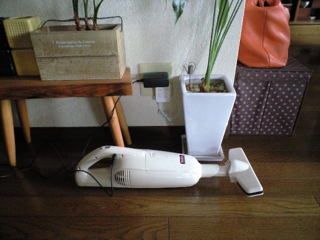 マキタのコードレス掃除機が人気!おすすめの掃除機について紹介。のサムネイル画像
