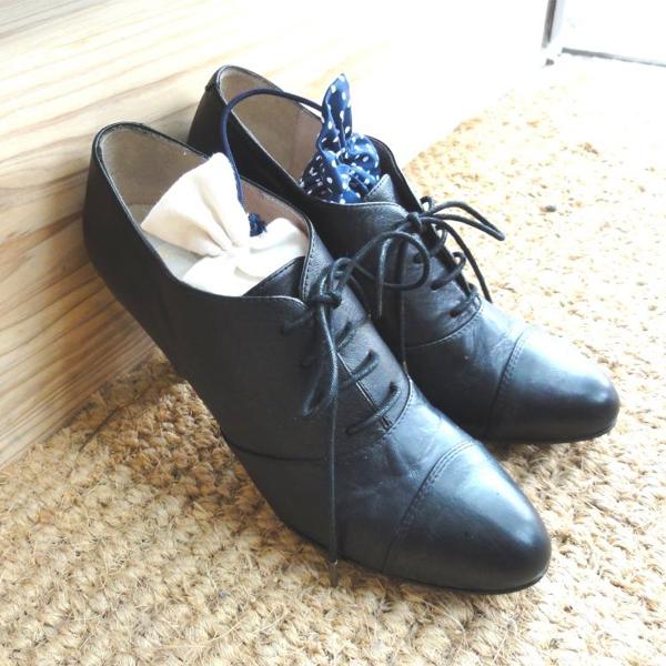 何だか最近靴が臭う気がする……!? 靴の消臭術を徹底的総まとめ☆のサムネイル画像