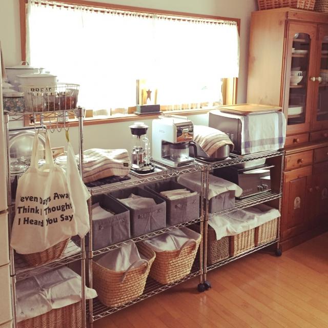 ステンレスラックで作る!シンプルでおしゃれなキッチン収納のサムネイル画像