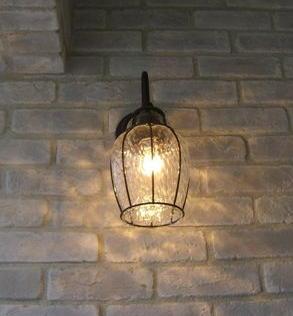 玄関用ライトが超便利!夜間の防犯に役立つおすすめ商品を紹介!のサムネイル画像