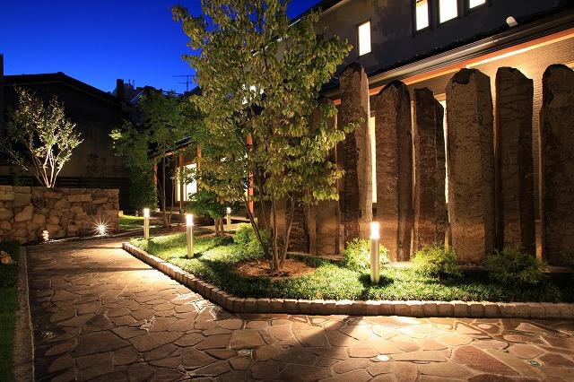 憧れマイホームのお手本☆お家の印象を決めるエクステリア、照明特集のサムネイル画像